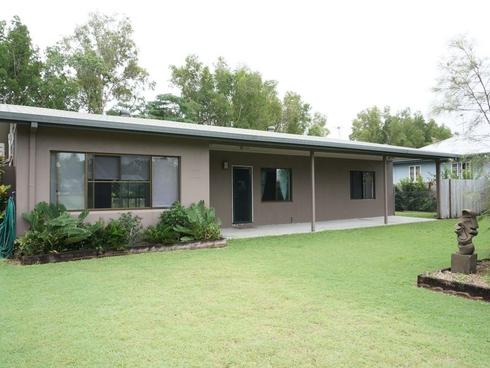 25 Melaleuca Drive Tully Heads, QLD 4854