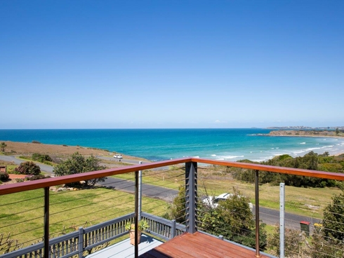 35 Headland Road Arrawarra Headland, NSW 2456