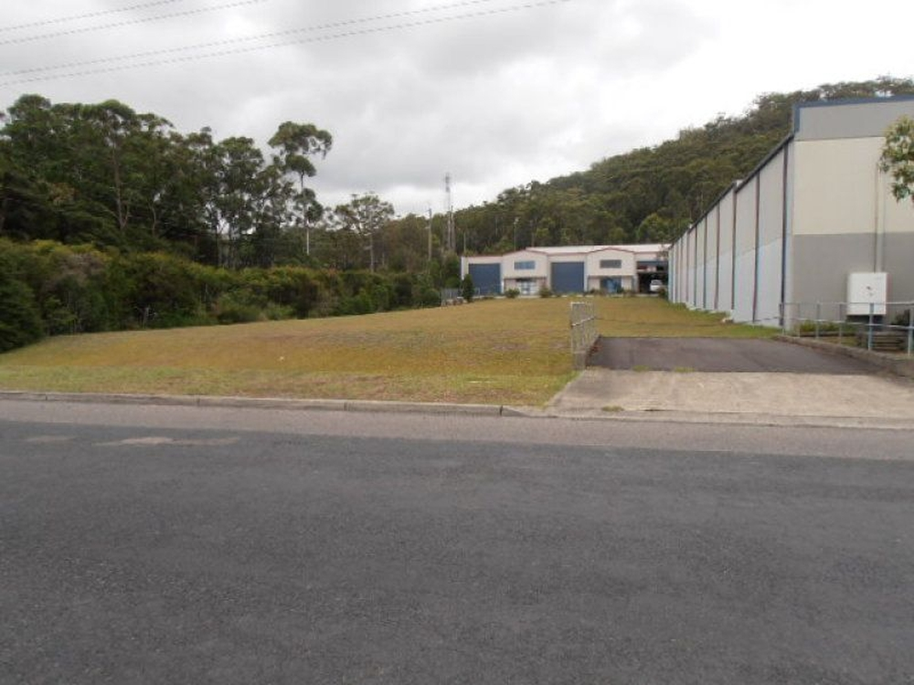 12 Dell Road West Gosford, NSW 2250