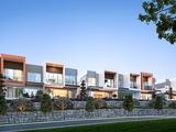 34 John Francis Drive Carrara, QLD 4211