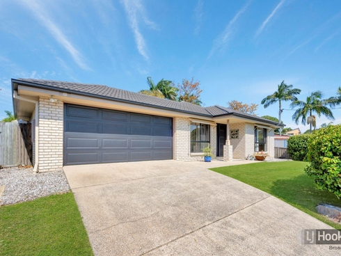 56 Deakin Avenue Southport, QLD 4215