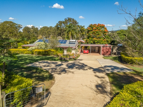 218 Lawson Road Mcintosh Creek, QLD 4570