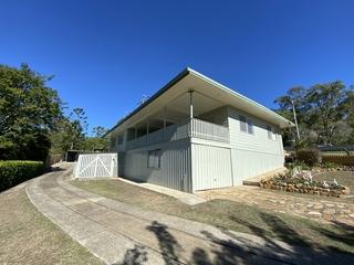 4 Hill Street Esk , QLD, 4312