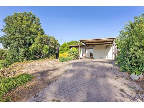 5 Lowan Road Windsor Gardens, SA 5087