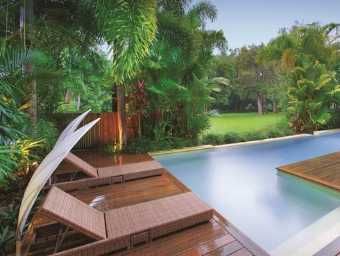 Villa Omaroo/26 Beachfront Mirage Drive Port Douglas, QLD 4877