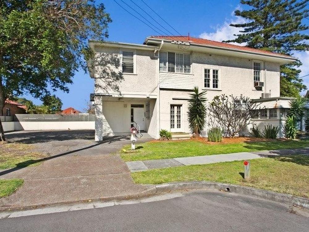 Unit 1/35 Gordon Avenue Hamilton, NSW 2303