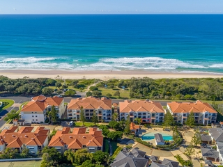 Unit 27/20-21 Pacific Parade Yamba , NSW, 2464