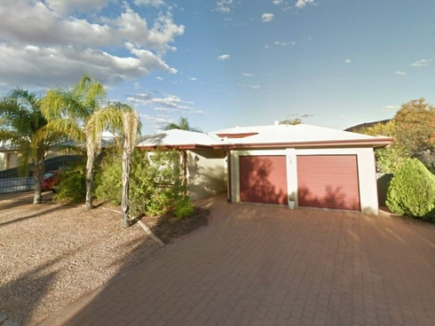 4 Higgins Court Desert Springs, NT 0870
