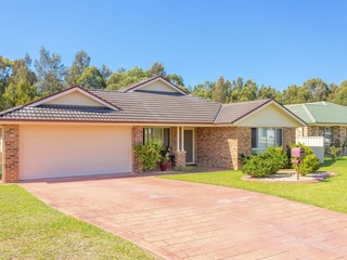 27 Ivy Crescent Old Bar , NSW, 2430