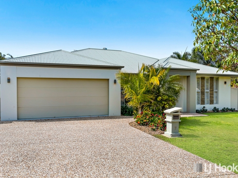 7 Magnetic Place Redland Bay, QLD 4165