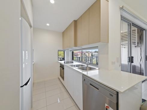 202/15 Ethel Street Chermside, QLD 4032
