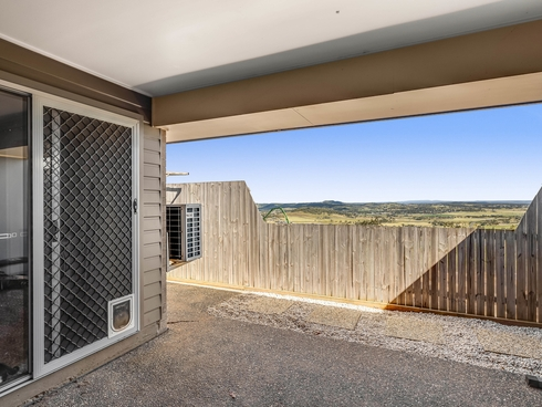 1/59 Sanctuary Drive Cranley, QLD 4350