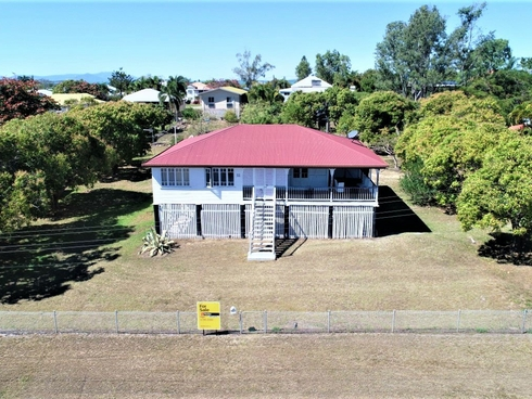 55 Livingstone St Bowen, QLD 4805