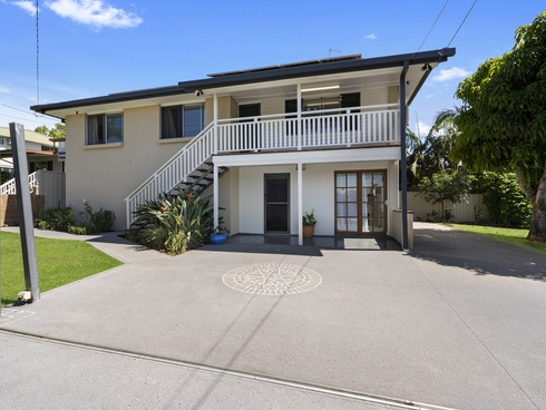 23 Algona Street Labrador, QLD 4215
