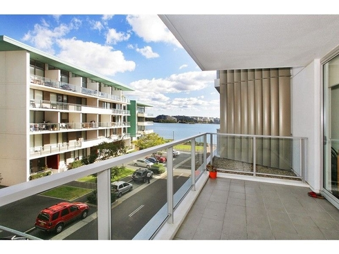 202/8 Jean Wailes Ave Rhodes, NSW 2138