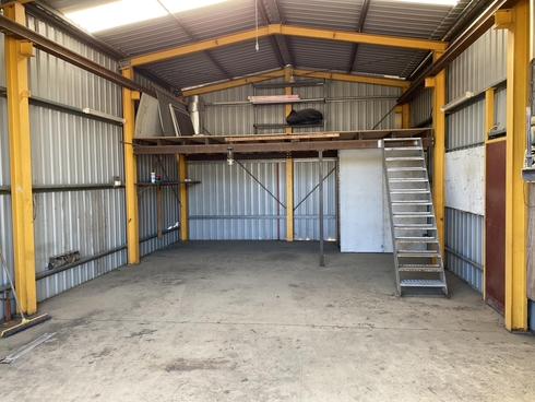 105 Foster Street Gracemere, QLD 4702