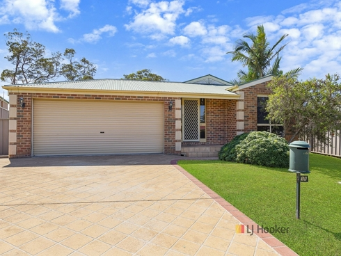 15 Radford Place Lake Munmorah, NSW 2259