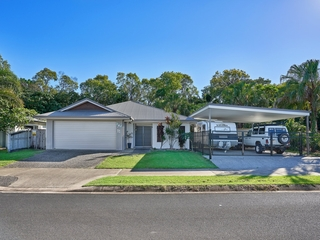 11 Quartzborough Promenade Trinity Park , QLD, 4879