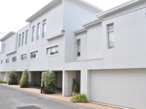 Townhouse 15 Corner of Yandra Terrace Hayborough, SA 5211