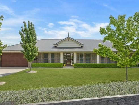 15 Windsor Crescent Moss Vale, NSW 2577