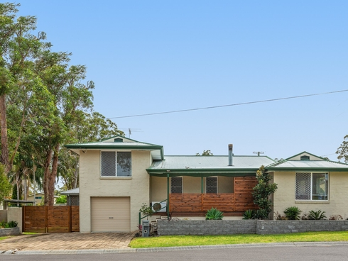 1A Turner Close Blue Haven, NSW 2262