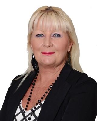 Linda Hunt profile image