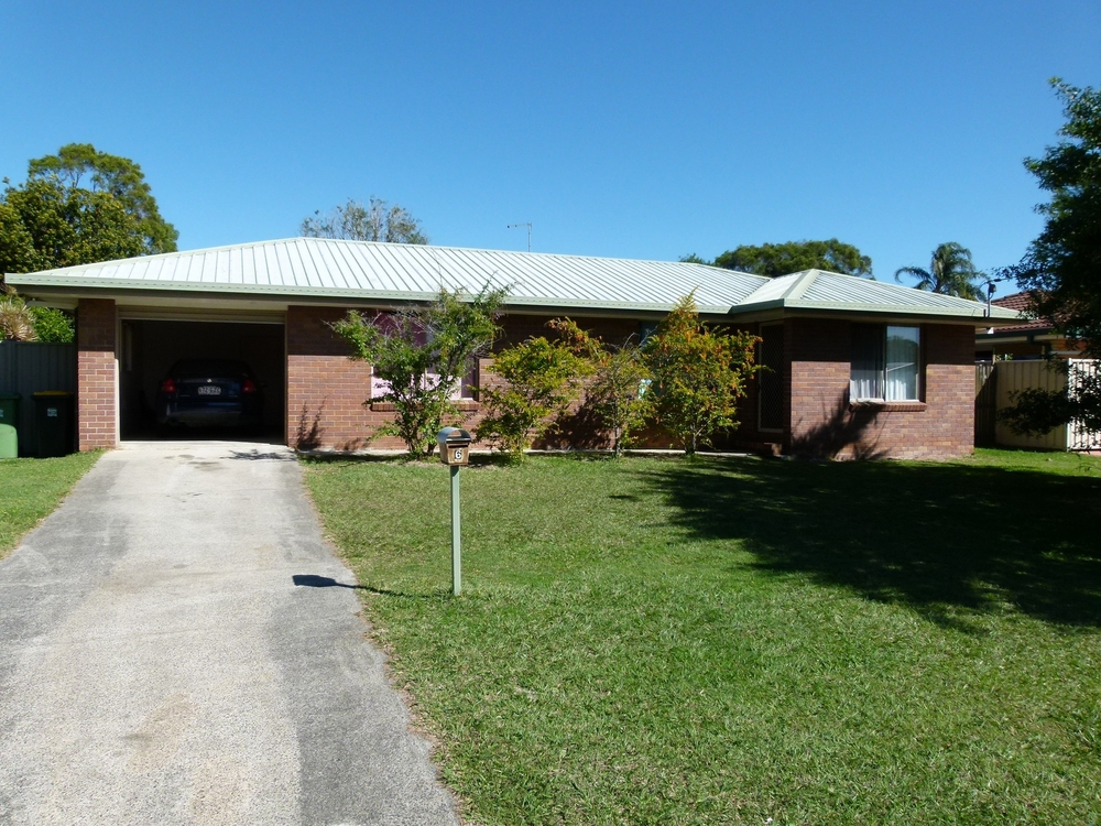 6 Bluebell Street Caboolture, QLD 4510
