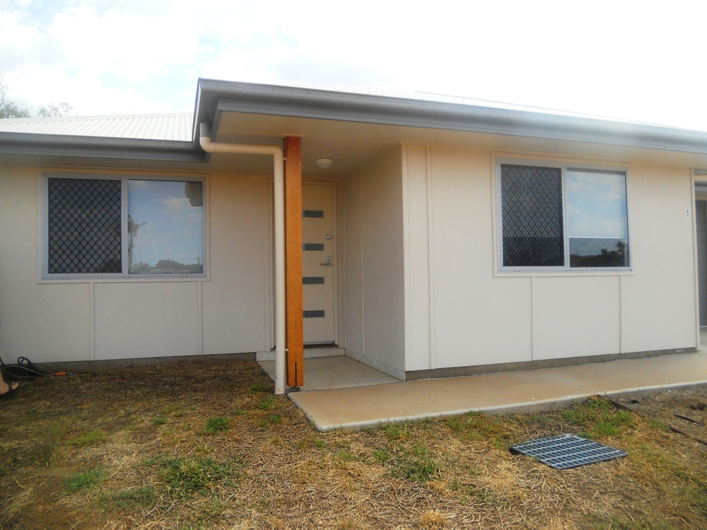 Unit 5/7 Skewes Street Mount Isa, QLD 4825