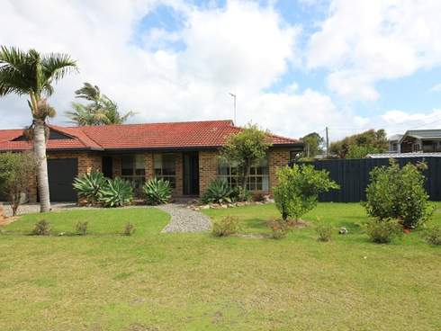 2/27 Diamond Drive Diamond Beach, NSW 2430