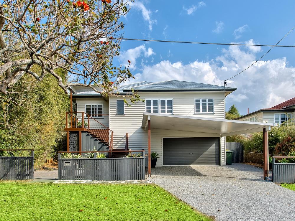 23 Thirteenth Avenue Kedron, QLD 4031