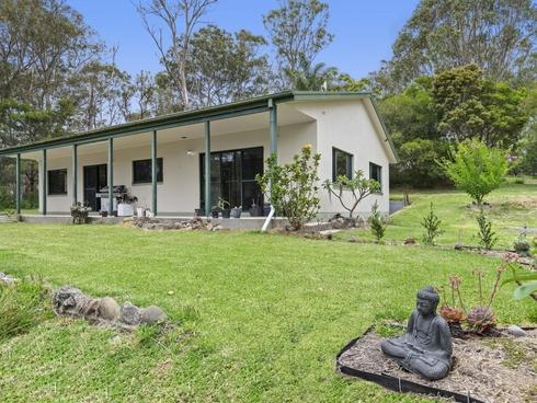 16 Halyard Drive Moruya Heads, NSW 2537