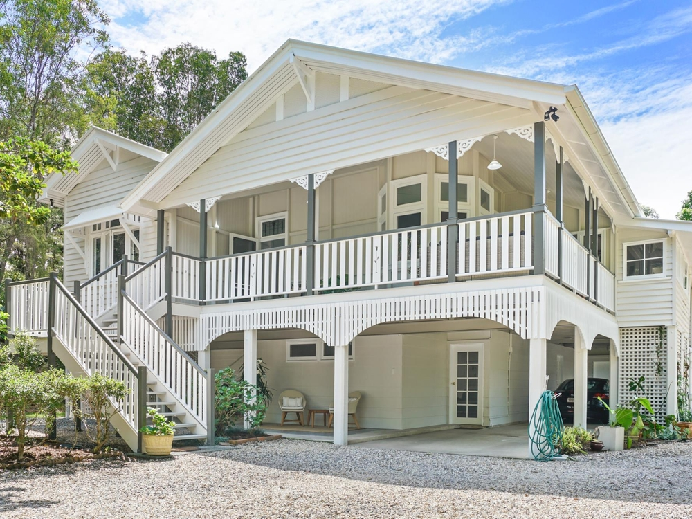 590 Tallebudgera Creek Road Tallebudgera Valley, QLD 4228