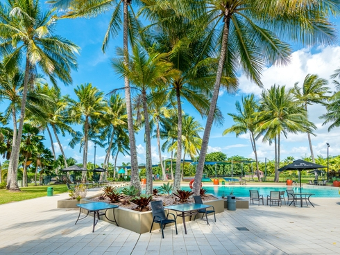 Two Bedroom/57 Paradise Palms Kewarra Beach, QLD 4879