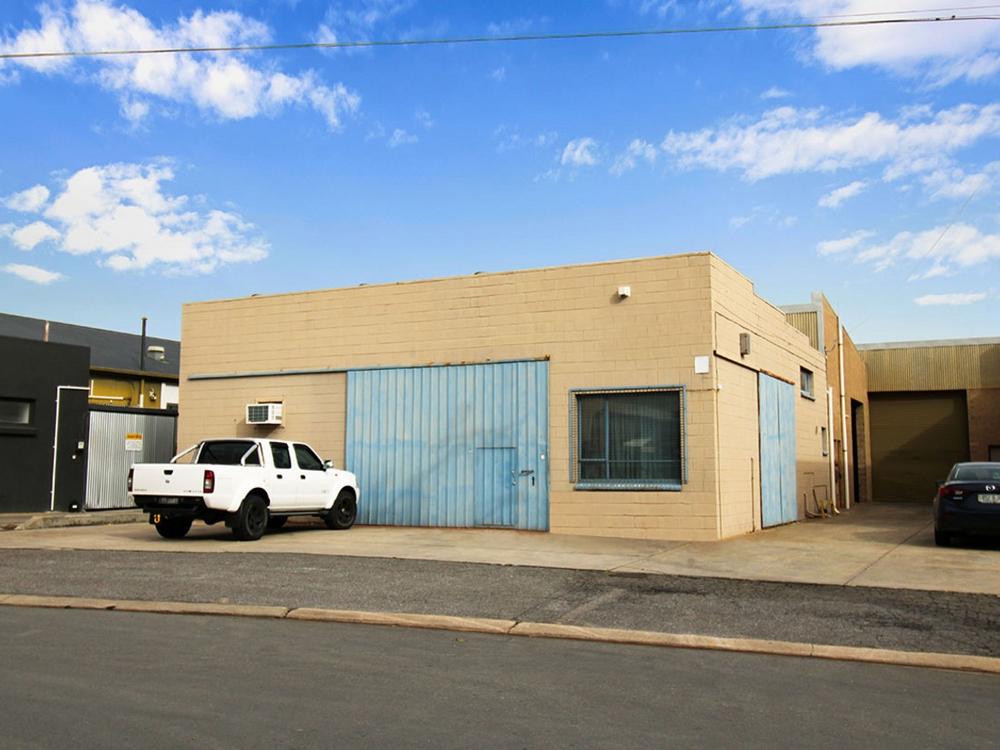36 Barnett Avenue Glynde, SA 5070