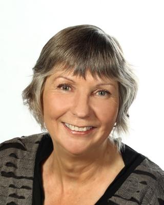 Chrissy Cox profile image