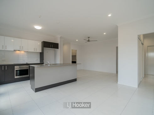 30 Mount Huntley Street Park Ridge, QLD 4125