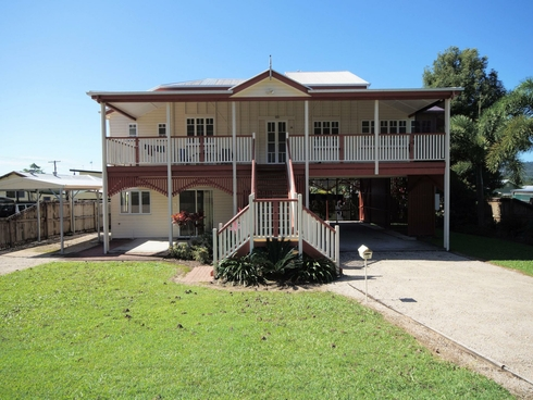 18 Bryant Street Tully, QLD 4854