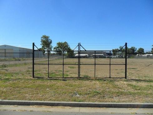 8-12 Sturt Street Parkhurst, QLD 4702
