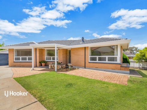 63 Salisbury Avenue Valley View, SA 5093