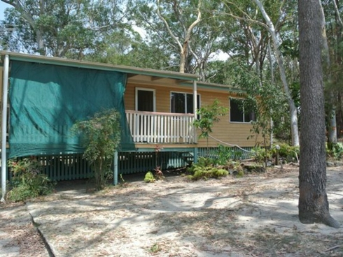 13 Ibis Street Macleay Island, QLD 4184