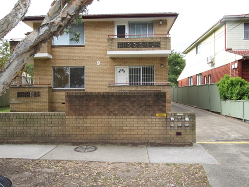 1/9 Albert Road Croydon Park, NSW 2133