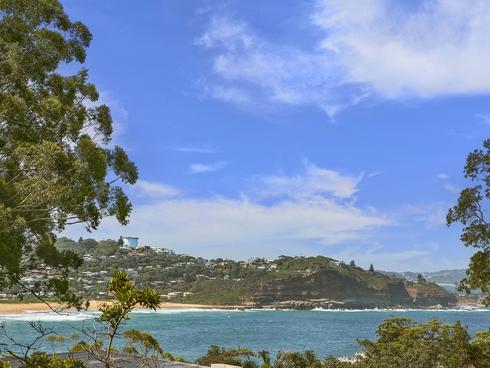 29 Arden Avenue Avoca Beach, NSW 2251