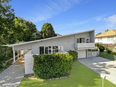 50 Brinawa Street Camp Hill, QLD 4152