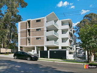 8/232 Targo Road Toongabbie , NSW, 2146