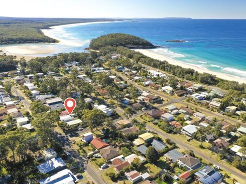 24 Bangalow Street Narrawallee, NSW 2539