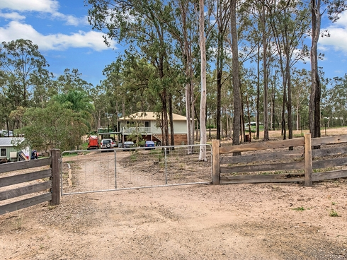 21 Firetail Avenue Regency Downs, QLD 4341