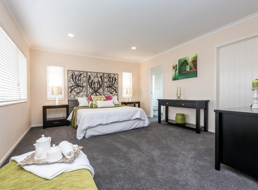10 Briar Vale Place Flat Bushproperty carousel image