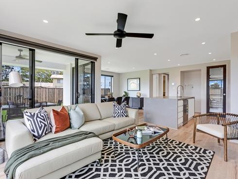 5 Moores Road Redland Bay, QLD 4165