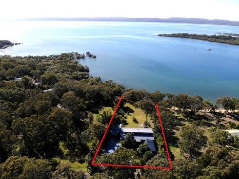 10-14 Weeroona Avenue Macleay Island, QLD 4184