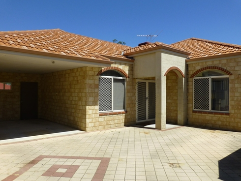 24a Spring Road Thornlie, WA 6108